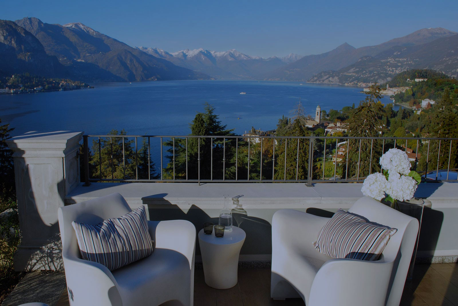 Borgo le terrazze what does it mean to be all lake view for Design hotel lake como